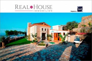REAL HOUSE: Exquisite Steinvilla im Landhausstil mit Panoramablick!!!, 48400 Bodrum (TUR), Villa