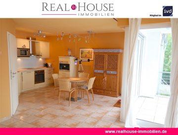 REAL HOUSE: Wohlfühl-Faktor garantiert! Moderne 2 Zimmer WHG mit Südwest Loggia und PKW-Stellplatz, 51143 Köln / Porz, Etagenwohnung